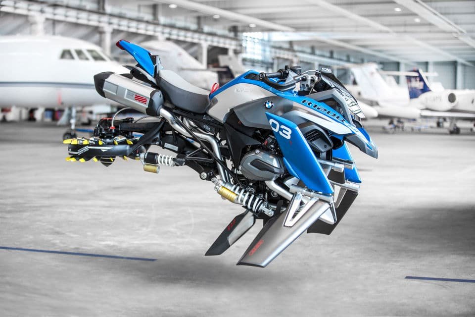 MOTOR: Moto BMW flying concept