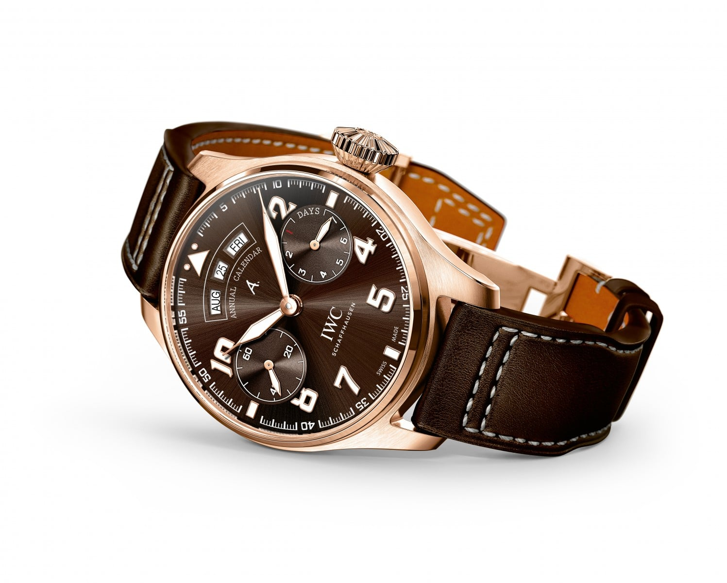 RELOJES: IWC – schaffhausen sends new pilots watches out onto the runway