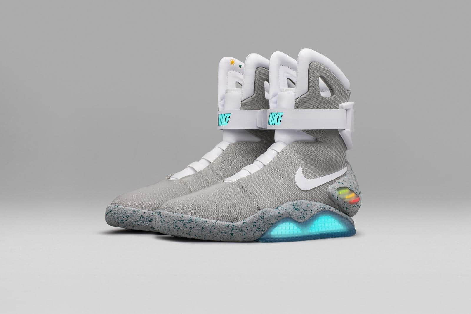 Nike-Mag-2016-Official-05_native_1600SD