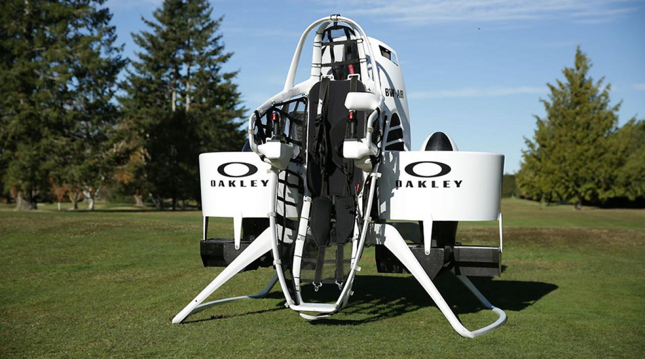 bubba-watson-golfcart-jetpack-960