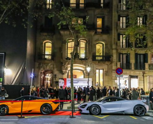 McLaren Barcelona brilla en The Shopping Night y cautiva a la ciudad