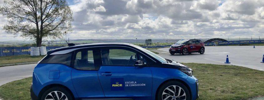 La primera edición del curso de vehículos eléctricos de la Escuela RACE de Conducción junto a BMW, cierra con éxito de participación