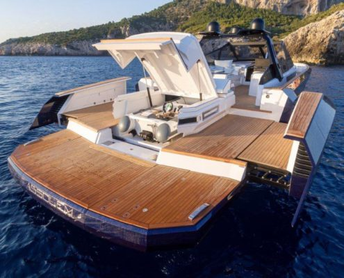 Evo Yachts launches the new R6 Open in Cannes