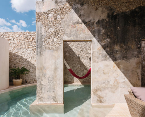 Refreshing Pools: Dive Into These 11 Modern Architecture Designs
