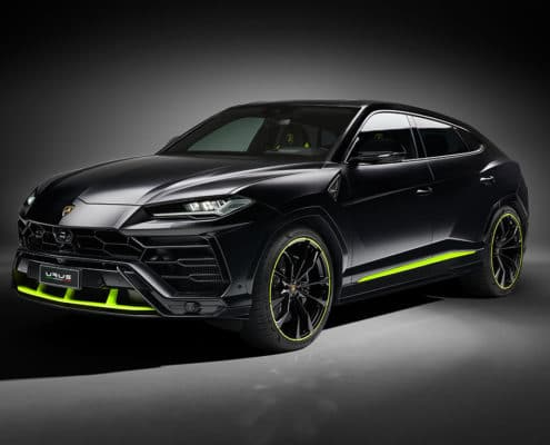 Bold elegance: Automobili Lamborghini presents the Urus Graphite Capsule