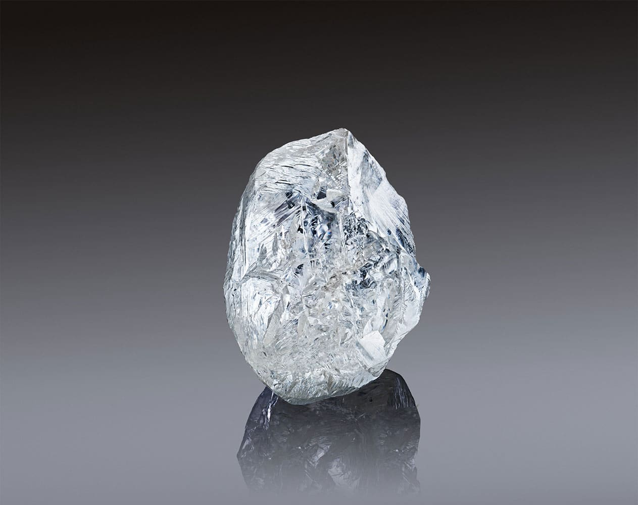 An exceptional 242-carat diamond offered on sale at ALROSA Jubilee Auction #100 in Dubai