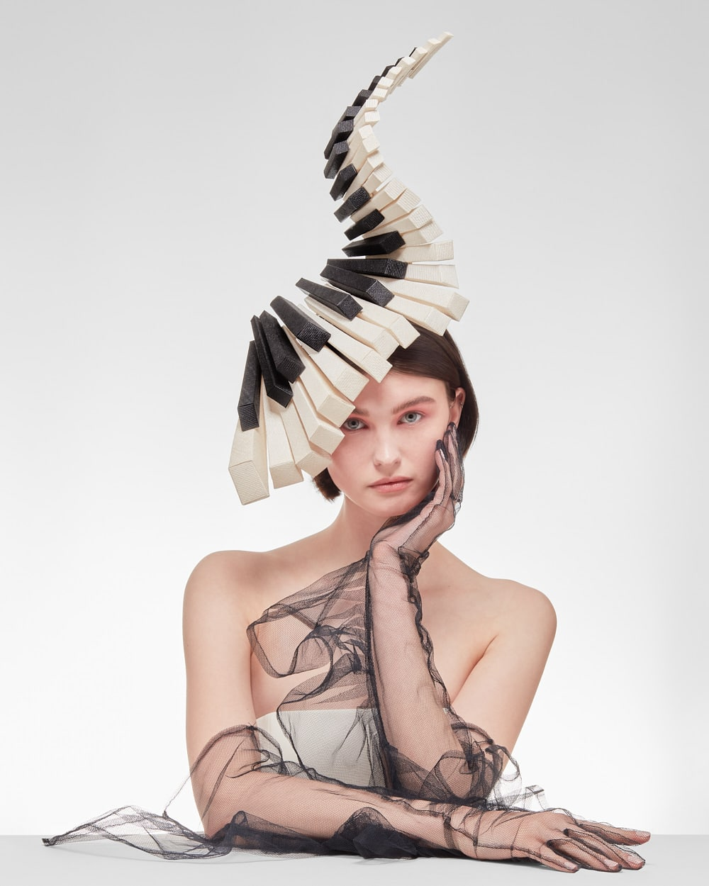 Philip Treacy, the most famous hatter in the world – SS21 collection