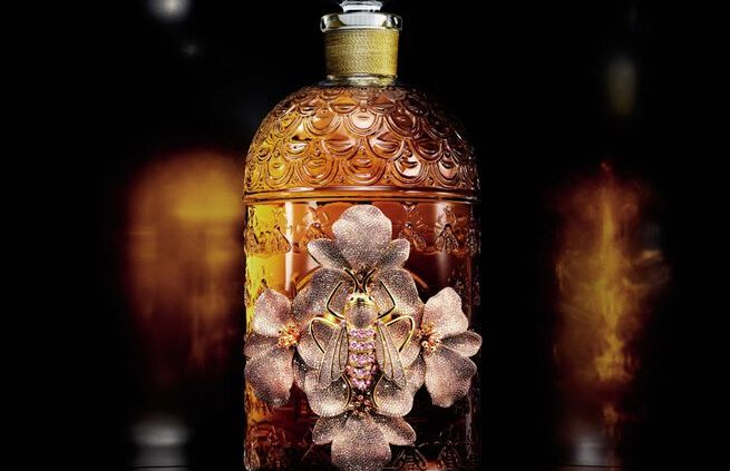GUERLAIN - Exceptional Creations - The Bee Bottle by Begum Khan 2021