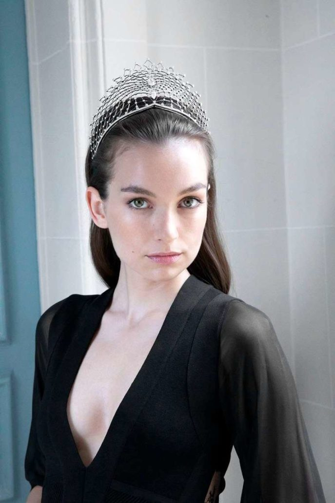 CHAUMET – THE ART OF CREATING A TIARA